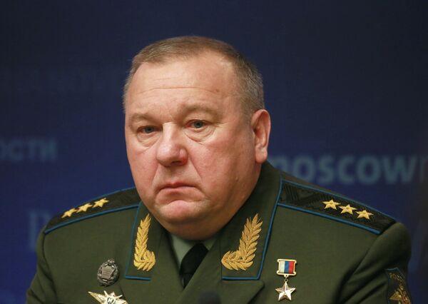 Comandante de las Tropas Aerotransportadas de Rusia, general Vladímir Shamánov. - Sputnik Mundo