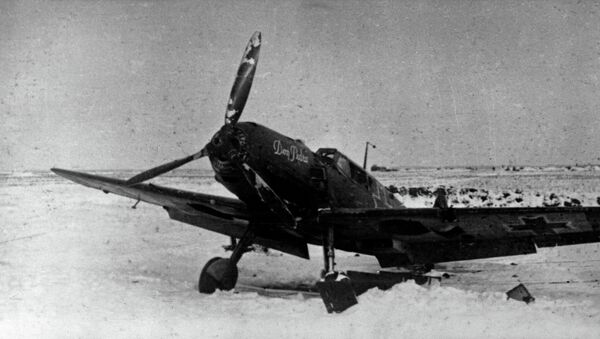 Avión de la División Azul capturado por las tropas soviéticas en Stalingrado. Diciembre de 1942 - Sputnik Mundo