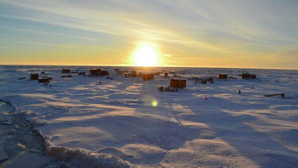 Estación a la deriva SP-40 en el Ártico - Sputnik Mundo