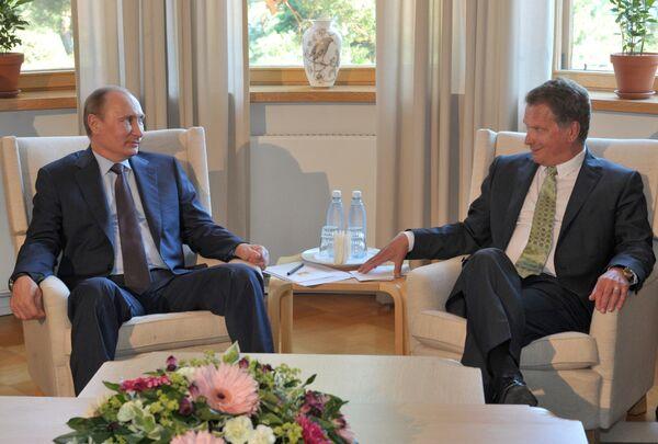 Servicios secretos de Rusia jamás trabajaron con Snowden según Putin - Sputnik Mundo