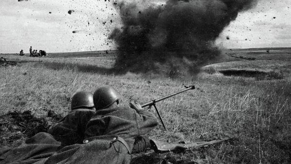 Los soviéticos ganaron la batalla de Kursk sin tener una superioridad importante de fuerzas - Sputnik Mundo
