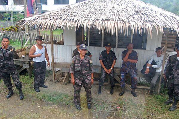 Guerrillas maoístas en Filipinas quieren tener en sus filas a 25.000 hombres - Sputnik Mundo