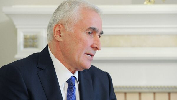 Leoníd Tibílov, presidente de Osetia del Sur (archivo) - Sputnik Mundo
