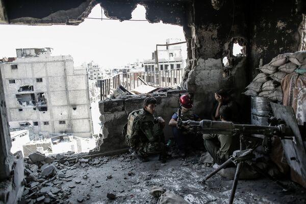 Conflicto armado en Siria - Sputnik Mundo