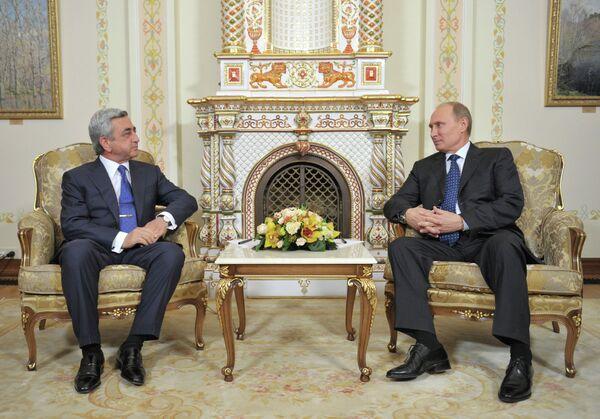Serzh Sargsyán y Vladimir Putin - Sputnik Mundo