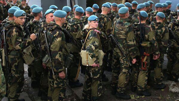 Los militares bielorrusos durante las maniobras Zapad (archivo) - Sputnik Mundo