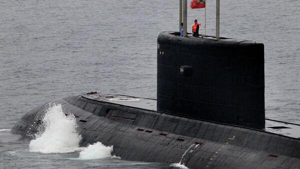 Submarino diésel-eléctrico clase Varshavianka - Sputnik Mundo