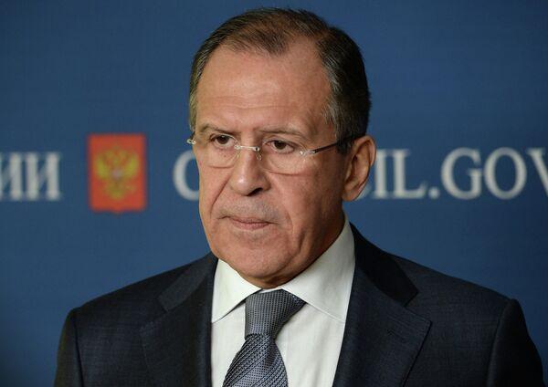 Lavrov pide respetar el acuerdo sobre la normalización de la crisis en Ucrania - Sputnik Mundo