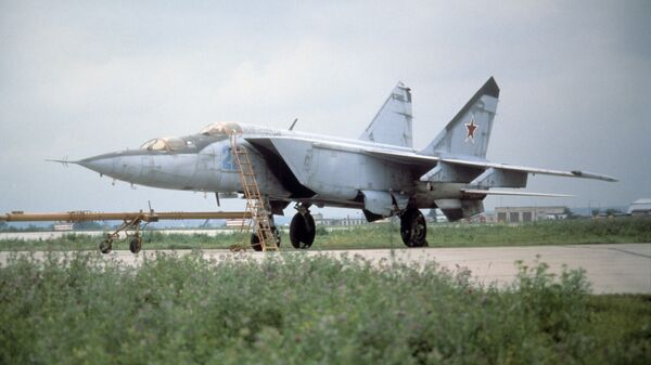 MiG-25, caza soviético (archivo) - Sputnik Mundo