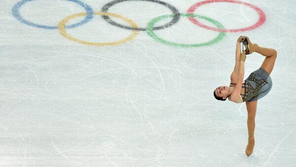 La campeona olímpica rusa Adelina Sótnikova - Sputnik Mundo
