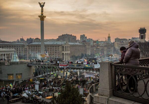 La atención de la OTAN a Ucrania transmite una señal incorrecta, según Exteriores ruso - Sputnik Mundo