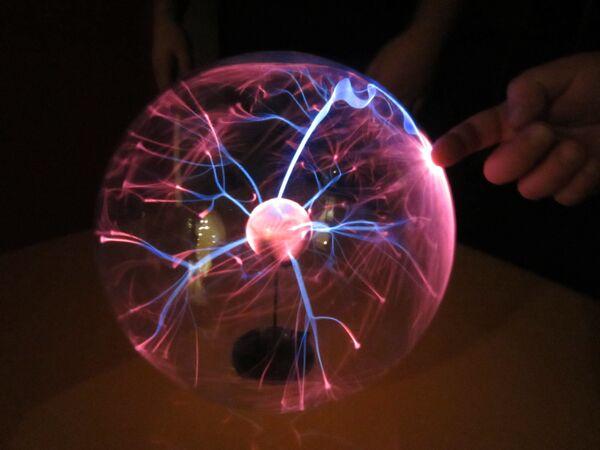 Físicos rusos trabajan en una decena de importantes proyectos en EEUU - Sputnik Mundo