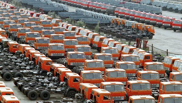 Camiones en las plantas de Kamaz en Naberezhnye Chelny - Sputnik Mundo