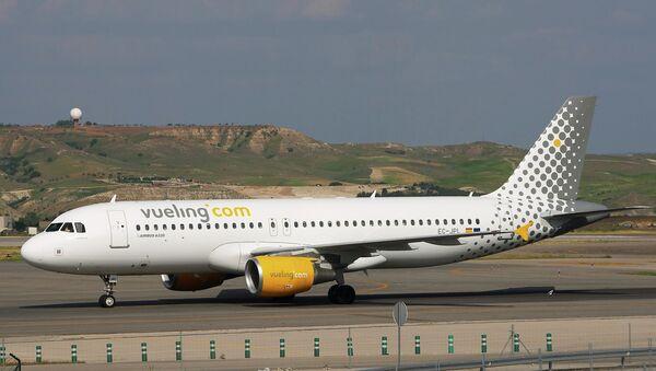 La aerolínea española de bajo coste Vueling Airlines - Sputnik Mundo