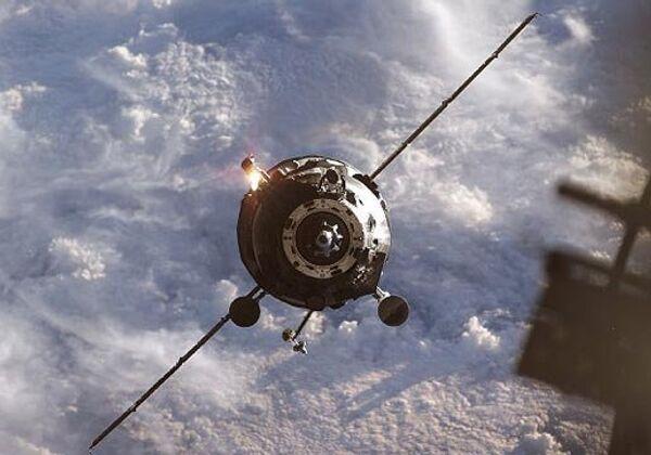 Los cargueros espaciales Progress recibirán un nuevo sistema de enganche en 2015 - Sputnik Mundo