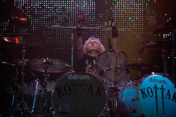 El baterista del grupo de Scorpions, James Kottak - Sputnik Mundo