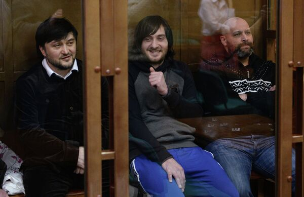 Rustam Majmúdov, Ibrahim Majmúdov, Serguéi Jadzhikurgánov - Sputnik Mundo