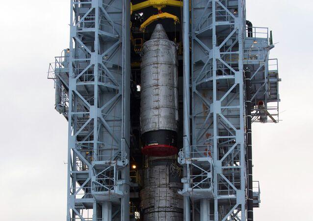 Cohete Rokot en la base espacial Plesetsk (archivo)