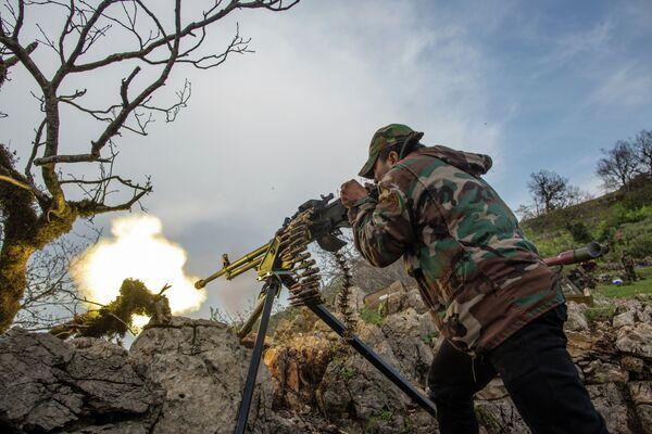 La guerra en Siria podría prolongarse por una década - Sputnik Mundo