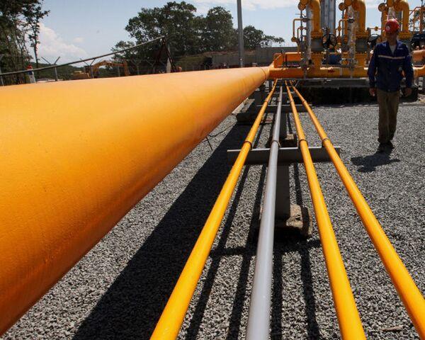 Diputados nipones proponen tender un gasoducto desde Rusia por seis mil millones de dólares - Sputnik Mundo