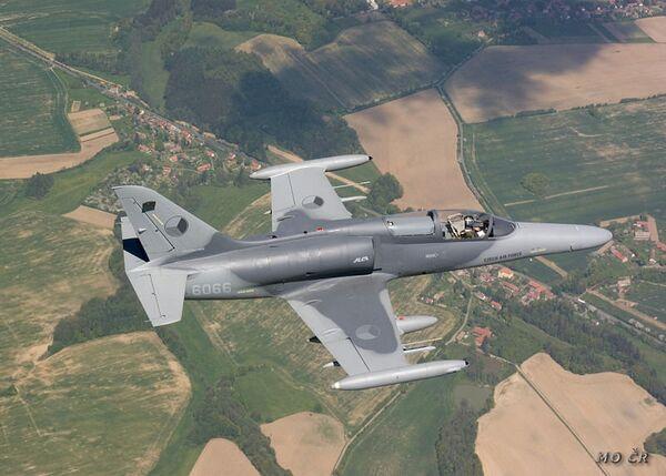 La República Checa ofrecerá sus cazas para custodiar el cielo de Eslovaquia - Sputnik Mundo