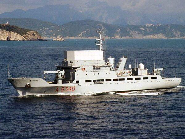 El buque espía Elettra de las Fuerzas Navales de Italia - Sputnik Mundo