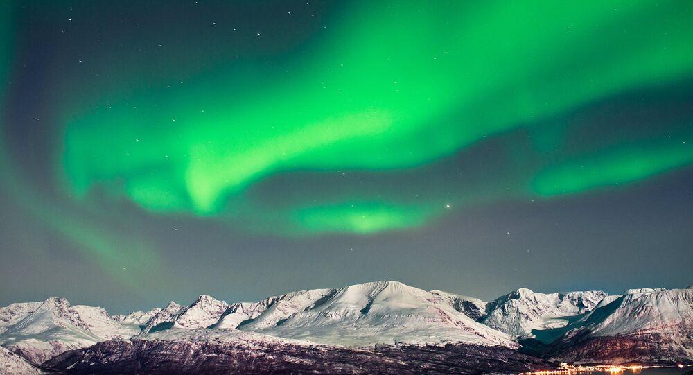 Rusia restaurará diez aeródromos en el Ártico en 2015