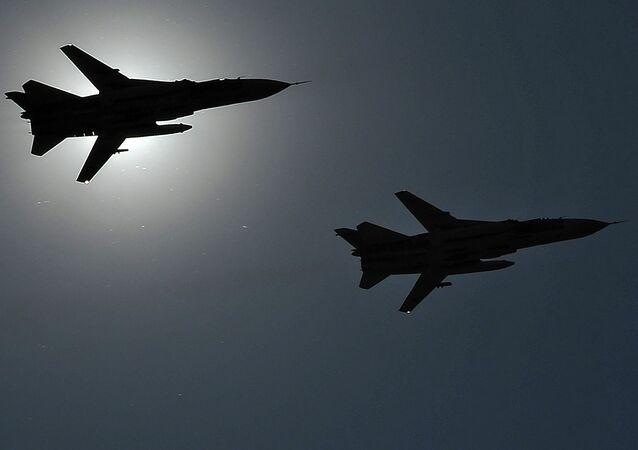 Aviones Su-24