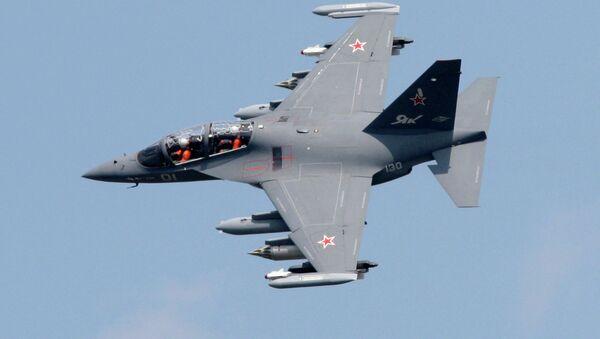 La Fuerza Aérea de Rusia recibe 50 aviones de entrenamiento Yak-130 - Sputnik Mundo