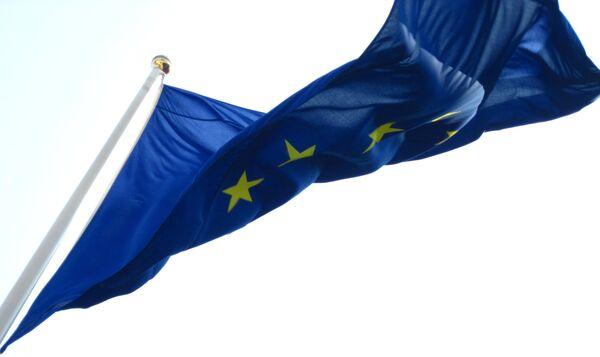 La UE aplaza nuevas sanciones a Rusia para evaluar la tregua en Ucrania - Sputnik Mundo