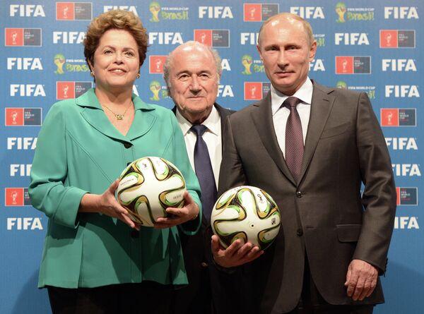 Putin en la final del Mundial 2014 - Sputnik Mundo