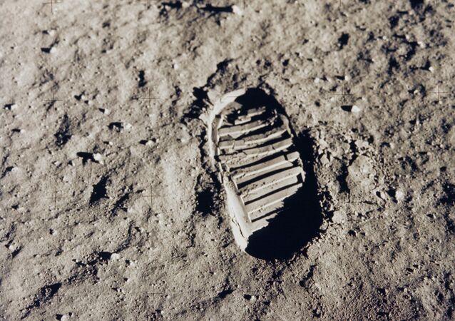Huella humana en la Luna
