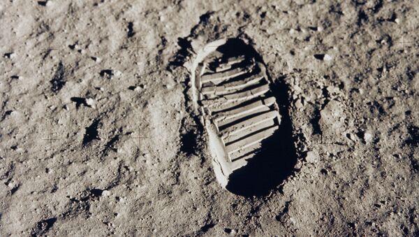 Huella humana en la Luna - Sputnik Mundo