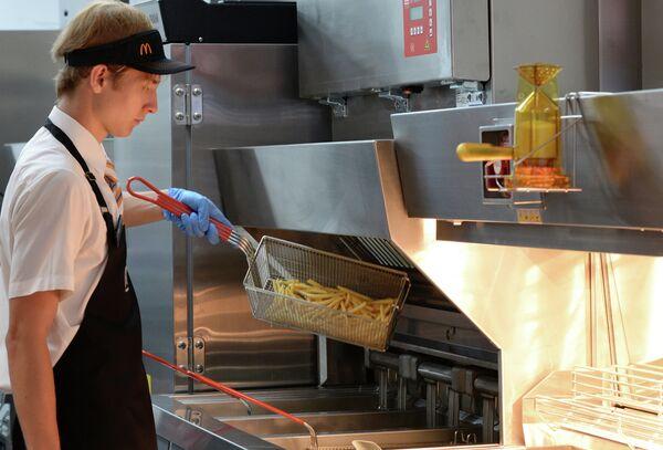 Rusia planea una guerra contra McDonalds - Sputnik Mundo