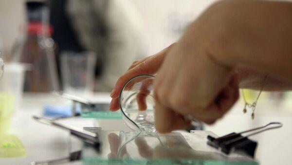 Исследования ДНК в лаборатории НИИ терапии СО РАМН - Sputnik Mundo