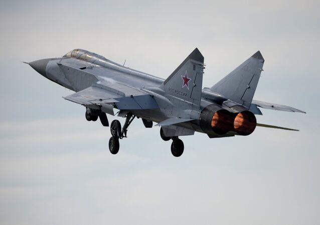Un MiG-31,foto de archivo