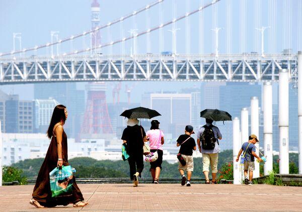 Ola de calor provoca cinco muertos y más de 5.000 hospitalizados en Japón - Sputnik Mundo