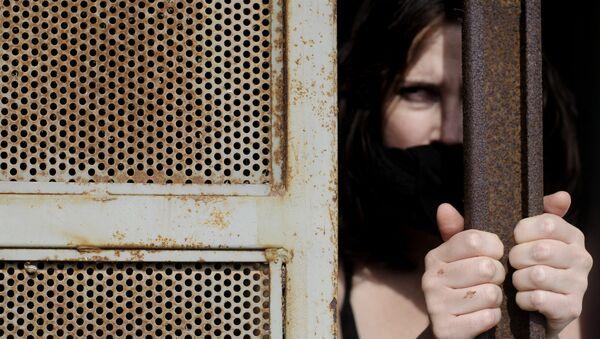 El tráfico de personas mueve en España cinco millones de euros al día - Sputnik Mundo