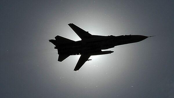 Un caza Su-24 ruso (archivo) - Sputnik Mundo