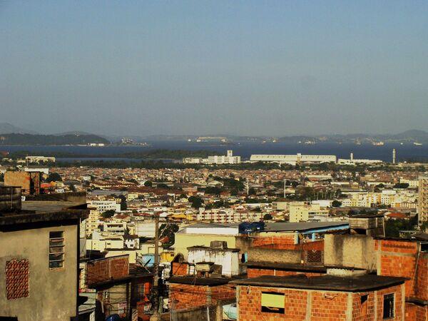 La presencia de 3.000 militares no impide los tiroteos en las favelas de Río de Janeiro - Sputnik Mundo
