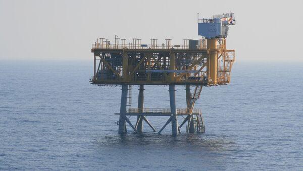 España da una indemnización millonaria a ACS por el almacén de gas Castor - Sputnik Mundo