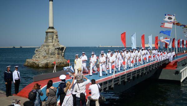 Celebración del Día de la Armada de Rusia en Sebastopol - Sputnik Mundo