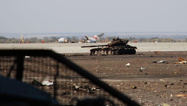 Lucha por el aeropuerto de Donetsk - Sputnik Mundo