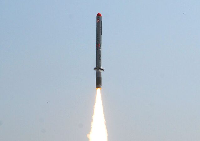 Lanzamiento del misil de crucero subsónico Nirbhay (Archivo)