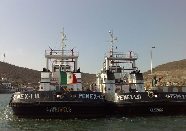 Desarticulada mafia que robaba dos millones de dólares mensuales a Pemex