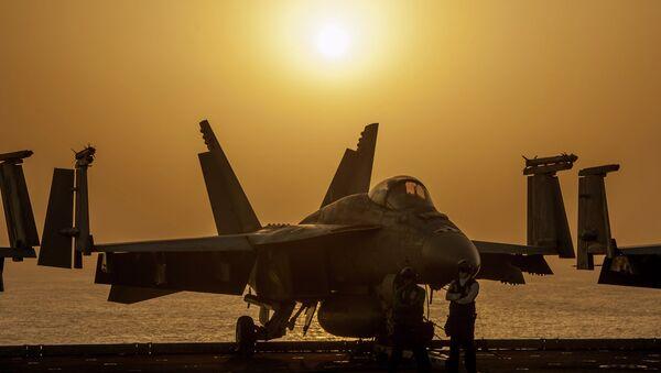 Caza F/A-18 Hornet (archivo) - Sputnik Mundo