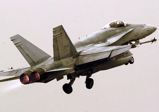 Un caza F/A-18, foto archivo