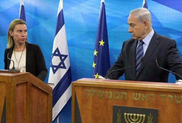 Jefa de la diplomacia europea, Federica Mogherini y primer ministro de Israel, Binyamin Netanyahu - Sputnik Mundo