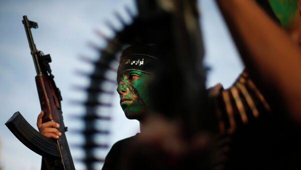 Irán quiere armar a los palestinos de Cisjordania, según una web pro-Hamás - Sputnik Mundo