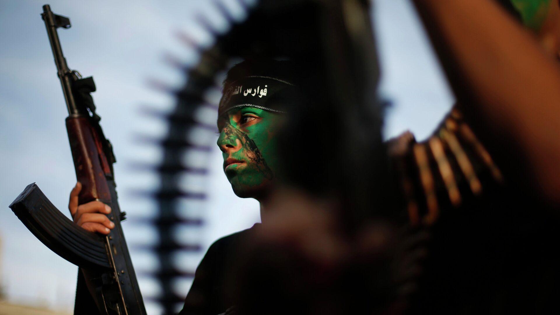 Miliciano de grupo palestino Hamás - Sputnik Mundo, 1920, 12.05.2021